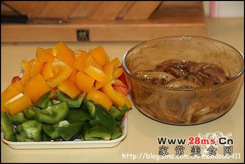 串烧鱿鱼须的做法(快手制作最受欢迎的聚会小食)
