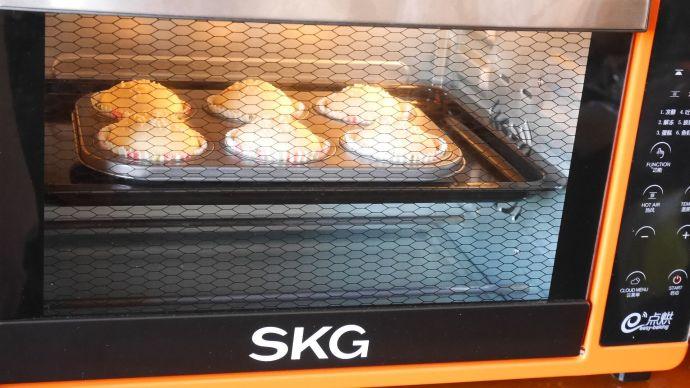 #SKG1733智能电烤箱食谱#筱面粟仁豆沙包